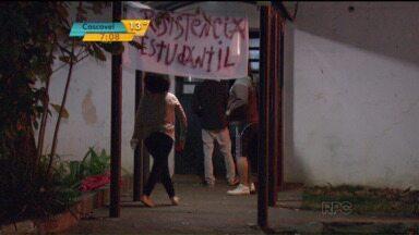 Universidades voltam a funcionar após greve - Negociações para reposição do calendário serão nesta sexta.