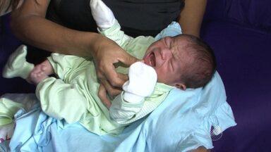 Em caso raro, bebê nasce com dois dentes no sul do estado - O caso assustou os parentes da criança; veja.