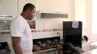 Consumidores optam por conserto em vez de nova compra em Vitória, ES - Atitude é econômica e sustentável.