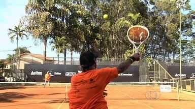 Termina neste fim de semana a terceira etapa do GO Open - Circuito reúne jovens e adultos em um torneio de tênis amador