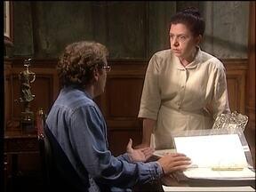 O Rei do Gado - capítulo de segunda-feira, dia 29/06/15, na íntegra - Judite e Tavinho suspeitam que Rafaela mentiu para que Luana fosse embora