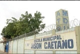 Sete estudantes são detidos por soltar bombas em escola em Montes Claros - Professora de escola municipal Jason Caetano ferida com estilhaços. Menores foram encaminhados à delegacia de plantão da cidade.
