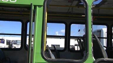 Quinze ônibus são depredados durante festejos juninos, diz sindicato - Quinze ônibus são depredados durante festejos juninos, diz sindicato