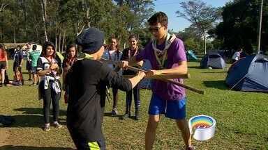 Escoteiros de todo o estado visitam o Vale - Jovens estão em São José dos Campos para encontro.