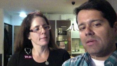 Casal de 'nômades digitais' fala como lidam com a questão financeira nas viagens - Vinícius e Patrícia contam quais são os pontos negativos de viverem mudando de país