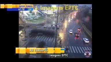 Trânsito: confira a movimentação na manhã desta terça-feira (14) - Assista ao vídeo.