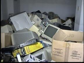 Mutirão do lixo eletrônico agrada moradores de Santo Anastácio - Campanha de arrecadação termina nesta sexta-feira.