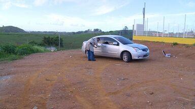 Delegado é rendido e viatura policial é roubada no ES - Delegado estava dentro do carro: uma viatura descaracterizada, quando foi rendido pelos bandidos.