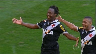 Vasco ignora festa para Ronaldinho Gaúcho e vence Fluminense, em clássico no Maracanã - Equipe de São Januário vence duelo cercado de polêmicas.