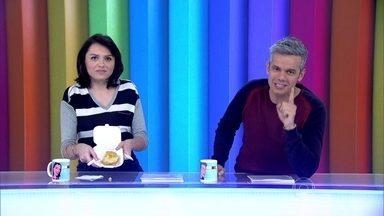 Monica Iozzi começa o programa comendo empadão - Otaviano Costa conversa com o pessoal de casa