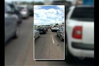 Protesto interdita trecho da BR-316 próximo a Benevidese e gera grande congestionamento - O repórter Carlos Brito traz mais informações.