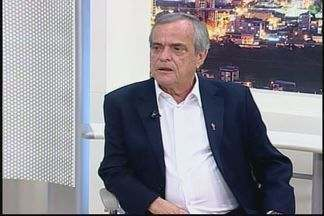 Municípios temem dificuldade em pagar 13º, diz presidente de associação mineira - Antônio Júlio critica redução de repasse federal a municípios. Entidade prepara encontro para planejar marcha a Brasília