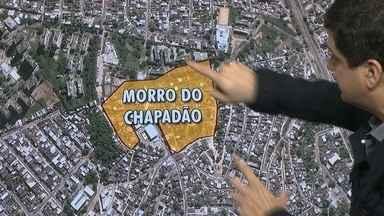 Polícia vai fazer nova operação no Morro do Chapadão - Desde às 6h da manhã houve confronto na entrada da favela. Os traficantes atearam fogo em barricadas na entrada da localidade conhecida como 'Himalaia'