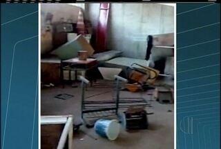 Funcionário da Prefeitura de Itaocara tem ataque de fúria e detrói objetos em secretaria - Prejuízo não foi contabilizado.