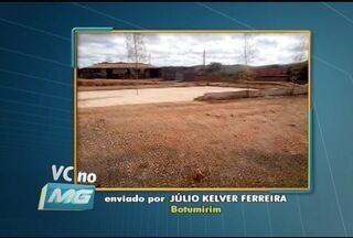 VC no MG: Morador de Botumirim denuncia as péssimas condições de quadra esportiva - Moradores de Montes Claros e Capitão Enéas também enviaram denúncias.