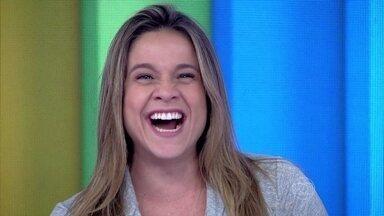 Fernanda Gentil imitou risada de Monica Iozzi no programa - Repórter provou que pode substituir Monica Iozzi no Vídeo Show