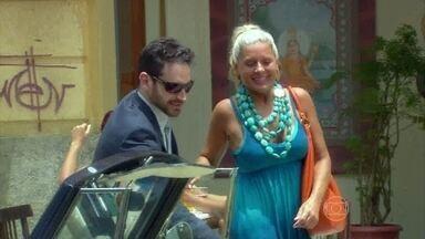 Murilo e Chiara saem juntos - Ilana estranha o encontro da amiga e comenta com Ashima