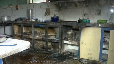 Incêndio provocado por botijão de gás em creche de Pocinhos - Aulas só retornam na segunda-feira.