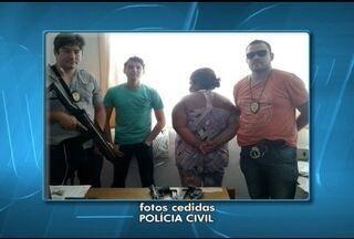 Mulher é presa por posse ilegal de armas em Montes Claros - Investigadores faziam levantamentos sobre roubos e assaltos quando encontrou duas armas usadas nestes crimes.