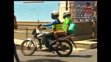 Recadastramento de mototaxistas inicia segunda-feira em Santarém - Quem não apresentar documentos no prazo perde autorização e paga multa.