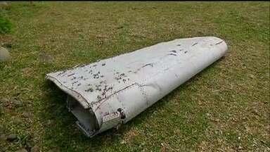 Autoridades investigam peças que podem ser de avião da Malaysia Airlines desaparecido - A aeronave desapareceu misteriosamente em março do ano passado, com 239 pessoas.