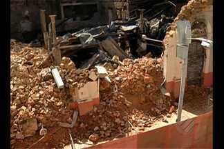 Trabalhadores do centro comercial estão preocupados com a falta de manutenção das lojas - As instalações elétricas antigas estão entre os principais problemas.