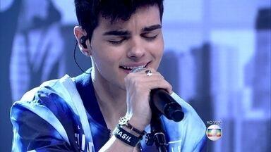 Espanhol Abraham Mateo é novo fenômeno da música pop mundial - Os clipes do jovem de 16 anos já ultrapassam 170 milhões de visualizações