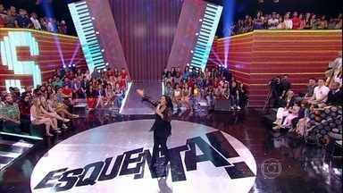 Regina Casé anuncia a final do Esquentanejo - Programa reapresenta trechos das performances dos candidatos