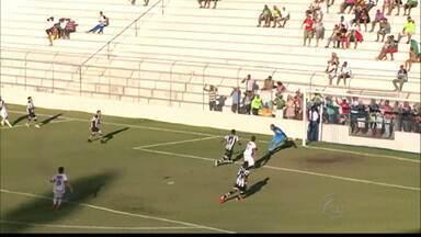 Salgueiro 4 x 1 Botafogo-PB - Belo é goleado fora de casa e fica mais distante do G-4 do Grupo A da Série C.