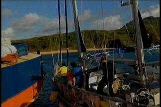 Holandês acusado de tráfico de drogas é preso em Fernando de Noronha - O estrangeiro navegava em um veleiro e vinha sendo monitorado por policiais federais que estavam a bordo de uma corveta da Marinha.