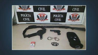 Homem tenta se passar por policial civil em Piracicaba, SP - Depois de um acidente de trânsito, o homem teria mostrado uma arma para um advogado.