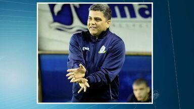 Ceará anuncia novo técnico - Geninho saiu após um mês no comando da equipe.