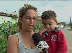 Moradores de Taquara de Baixo precisam percorrer trajeto cansativo para atendimento médico - Comunidade fica na zona rural de Caruaru.