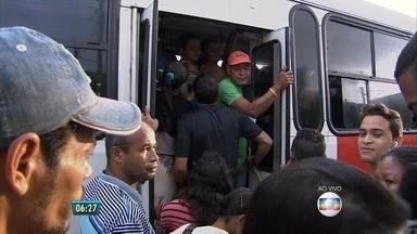 Sindicato dos Rodoviários e dissidência da categoria decidem não protestar nesta quarta - Ônibus circulam normalmente pela Região Metropolitana do Recife.