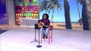 Chico César canta 'Palavra Mágica, do seu novo CD 'Estado de Poesia' - Cantor e compositor participa pela primeira vez do Encontro com voz e violão