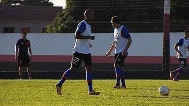Marcus Winícius e Lino ficam à disposição do Atlético-GO - volante e zagueiro estão recuperados de lesão e poderão atuar contra o Macaé no próximo sábado.