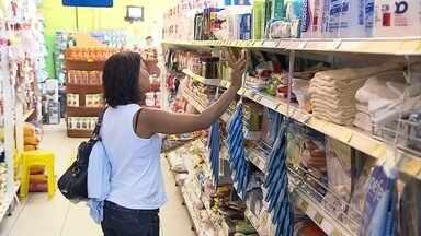 Inflação acumulada nos últimos 12 meses fica acima dos 10% em BH, aponta pesquisa do Ipead - Desde 2003, o índice acumulado em um ano não era tão alto. O consumidor sente a diferença dos preços nas compras diárias e reclama.