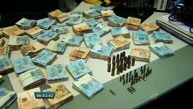 Polícia apreende carga de remédios vencidos em secretaria de saúde do Crato, no Ceará - Medicamentos estavam vencidos e perto da data de vencimento.
