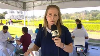 No Dia nacional de Combate ao Colesterol, cardiologista alerta sobre perigos - Vários exames estão sendo feitos em ação realizada no Jardim Botânico.