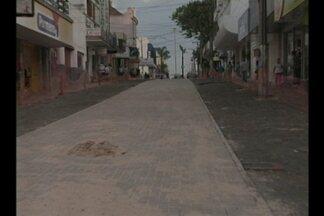 Prefeitura garante conclusão da obra do calçadão de Cruz Alta, RS - Repasses do governo federal estão atrasados.