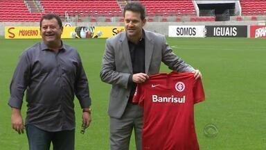Argel é apresentado como técnico do Inter - Treinador assinou contrato até dezembro de 2016.