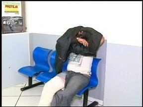 Dois homens são presos em flagrante em Erechim, RS - Eles assaltaram uma padaria e um restaurante na sexta-feira (14) à noite.