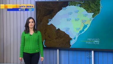 Tempo: ventos levam umidade para Faixa Leste do RS nesta quarta (19) - Tempo fica instável na região.