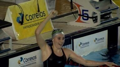 Australiana bate recorde nos 200m peito no Troféu José Finkel - Brasileiro Thiago Pereira também cai na água no terceiro dia de competição