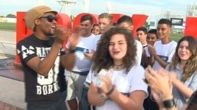 Rock In Rio terá show especial em homenagem aos 450 anos da cidade - Maria Rita e Alcione estão entre as atrações do palco Sunset, no dia 27 de setembro, o último domingo do festival. Estudantes de escolas públicas do Rio que ganharam um concurso do Rock In Rio receberam ingressos para os shows.