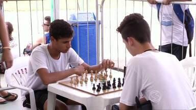 Jogos estudantis são realizados em Angra dos Reis, RJ - Competição que reúne alunos de colégios públicos e particulares vai até dia 28 de agosto.