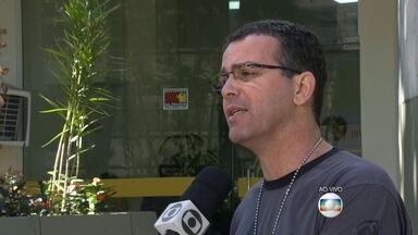 Delegacia de Homicídios busca criminosos envolvidos em assalto no Ceasa, no Rio - Sete pessoas participaram diretamente da ação, dois já foram presos. Agentes da Divisão de Homicídios fazem uma operação para capturar os suspeitos. A polícia investiga também outras pessoas envolvidas no crime.