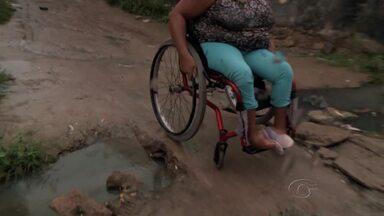 Falta de acessibilidade dificulta mobilidade de deficientes físicos nas ruas de Maceió - Semana Estadual da Pessoa com Deficiência começa na próxima sexta, e o Procon está realizando fiscalizações em estabelecimentos comerciais para saber se a lei da acessibilidade está sendo cumprida.
