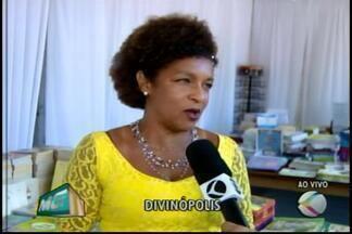 Festa Literária de Divinópolis inicia nesta quinta-feira - Repórter Aline Fonseca conversa com escritora Elisa Lucinda.