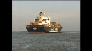 Porto de Rio Grande fecha balanço dos sete primeiros meses do ano - Tecon Rio Grande registrou aumento no movimento de cargas via cabotagem